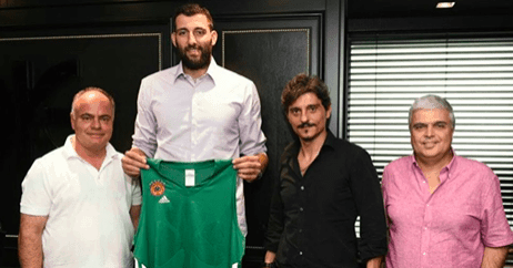 Bourousis returns to Greece for Panathinaikos 26