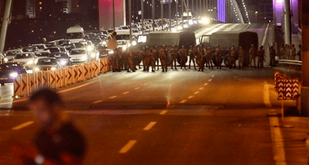 Greece & World on standby as military coup takes place in Turkey 43