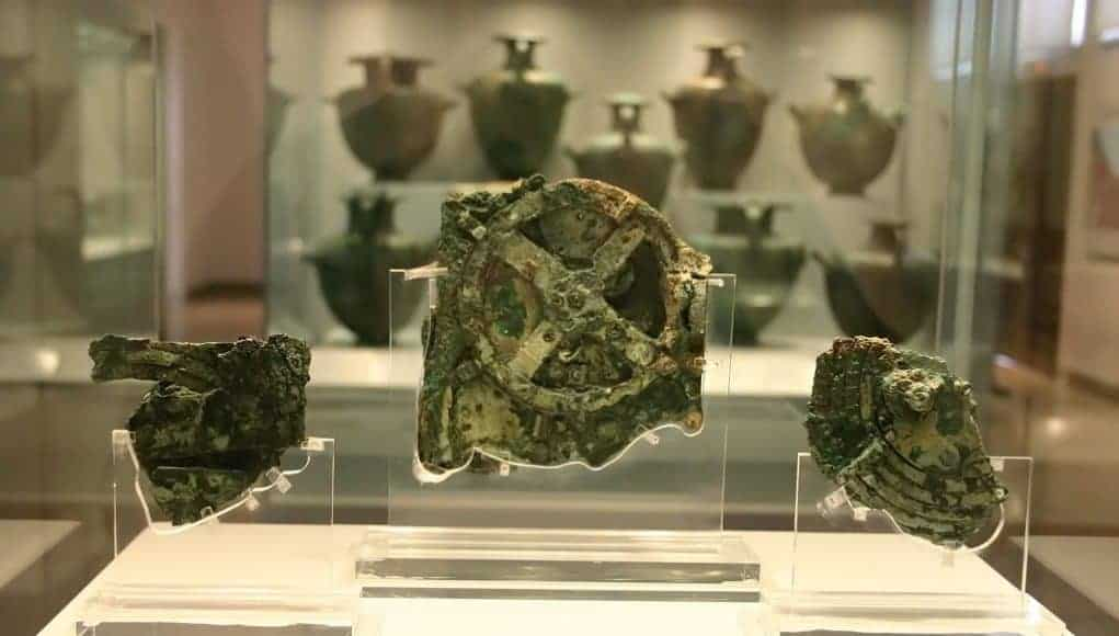 Another discovery dive into the Antikythera shipwreck 13
