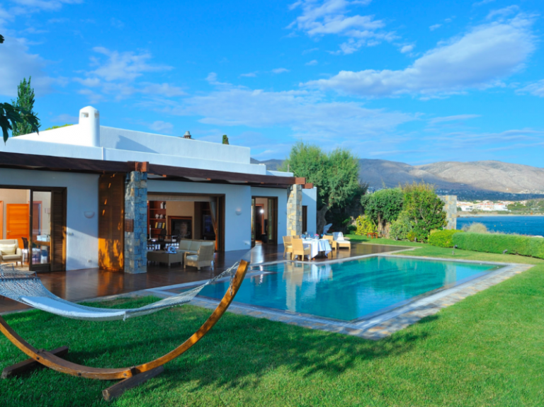 The Athenian Riviera resort loved by A-List Celebs