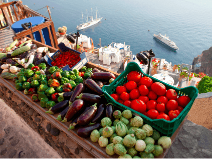 Mediterranean diet reduces risk of heart attack and stroke 1