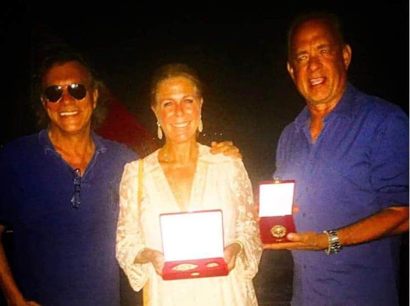 Greek Mayor honours Tom Hanks and Rita Wilson 26