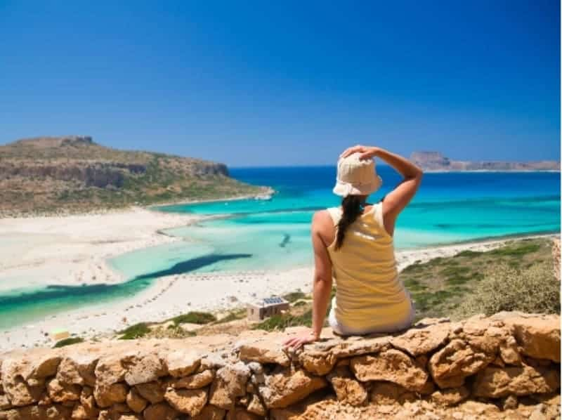All work and no play costs Greek tourism 1
