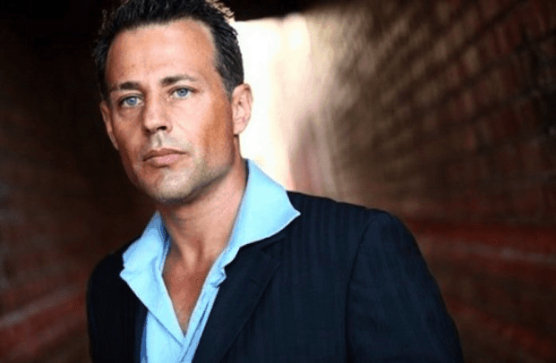 Louis Mandylor- making it big in LA 49