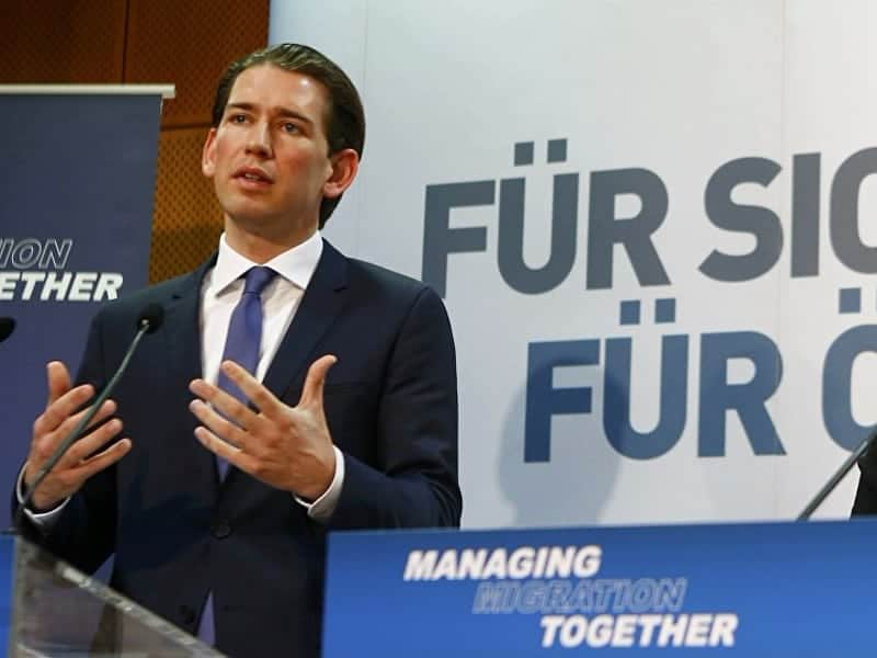 Austria to Greece's defence on immigration crisis 14
