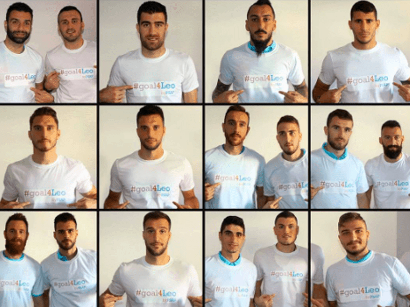 Goal 4 Leo- Greek national soccer team supporting their colleague 3