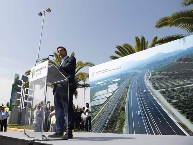 Greek PM on the road again with new highway for Western Greece 41