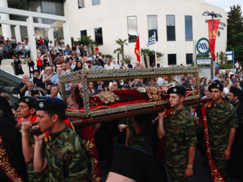 Holy Relics of Agia Eleni arrive in Greece for first time since 1211 6
