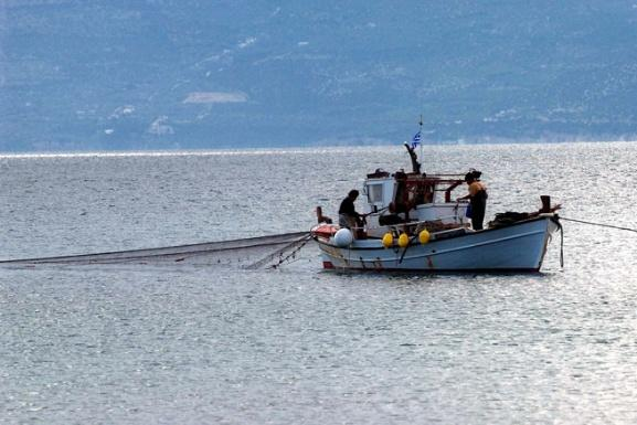 Fisherman in Greece accused of throwing dead body back into sea 1