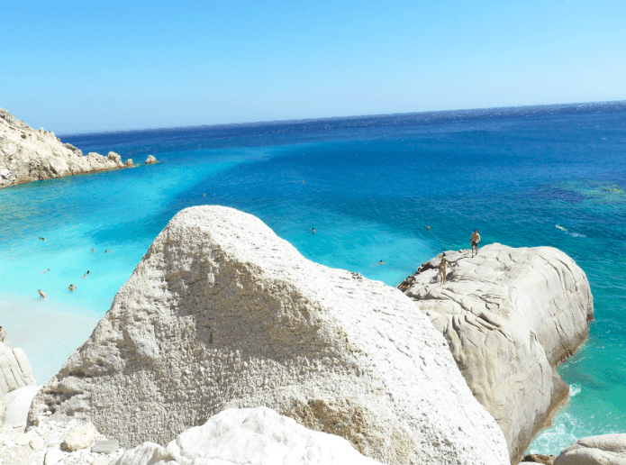 Greece's 6 secret beaches you will fall in love with 12