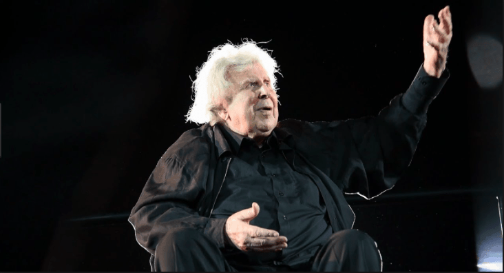 On this day in 1925, Mikis Theodorakis is Born 4