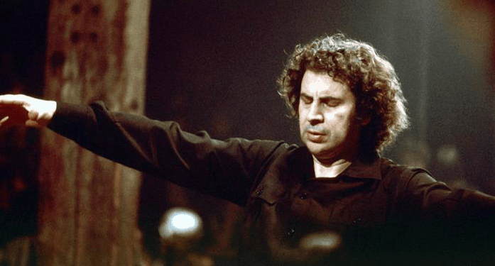 On this day in 1925, Mikis Theodorakis is Born 5