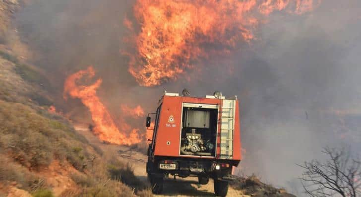 Arsonists burning Greece as wildfires continue 3