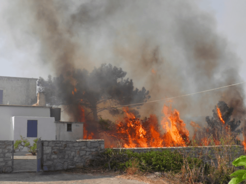 Wildfire continues to burn through Kythera 79