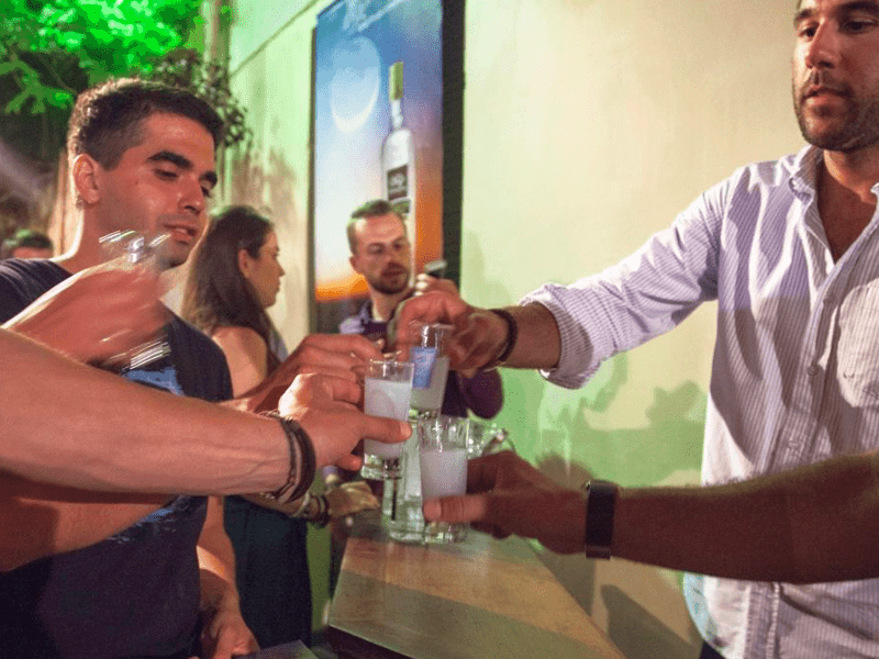 Ouzo Festival draws large crowds to Lesvos 8