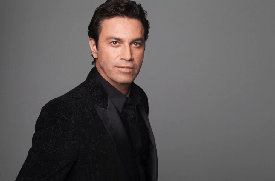 Mario Frangoulis one of the world's most beautiful tenor voices on earth 3