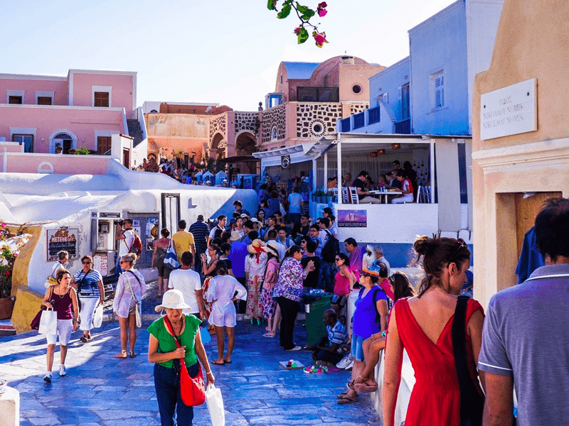 Tourism to Greece will be triple the population as 35 million expected in 2020 10