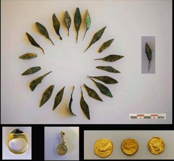 Ancient artifacts discovered from 2,000-year-old tombs in Corinth 3