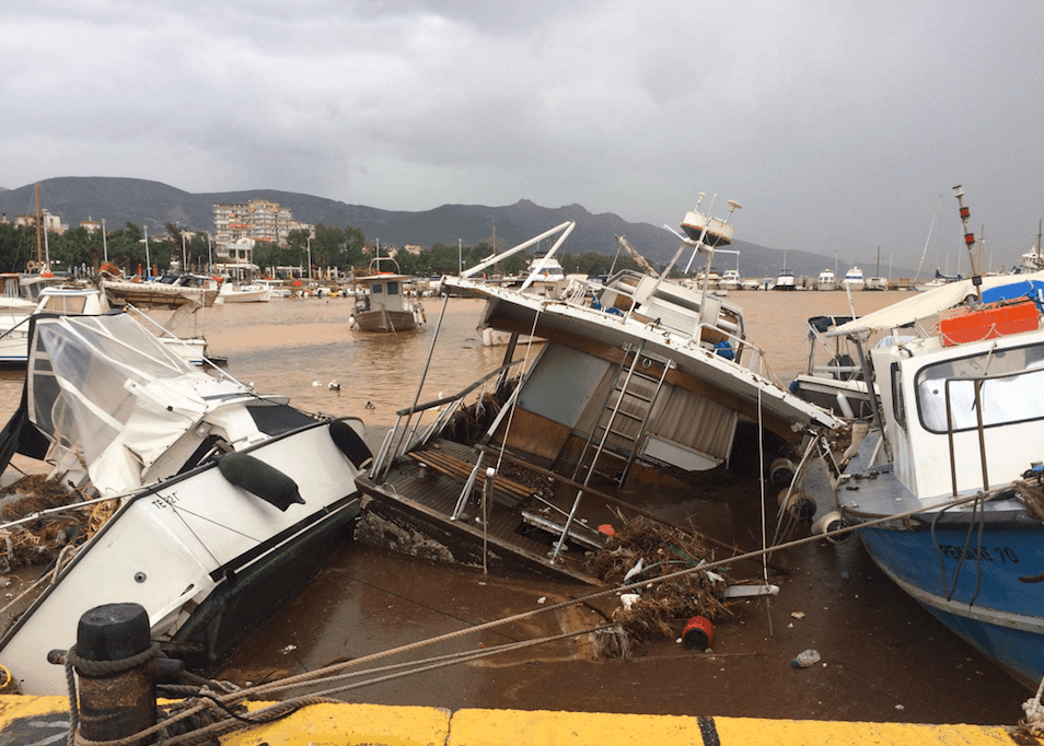 Flash Floods Kill 15 on Western Outskirts of Athens 3