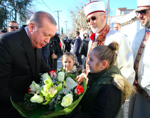 Erdogan visits muslims in Thrace before concluding visit to Greece 41