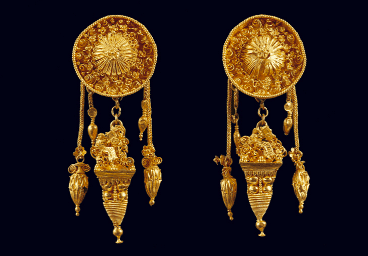 ancient Greek jewellery