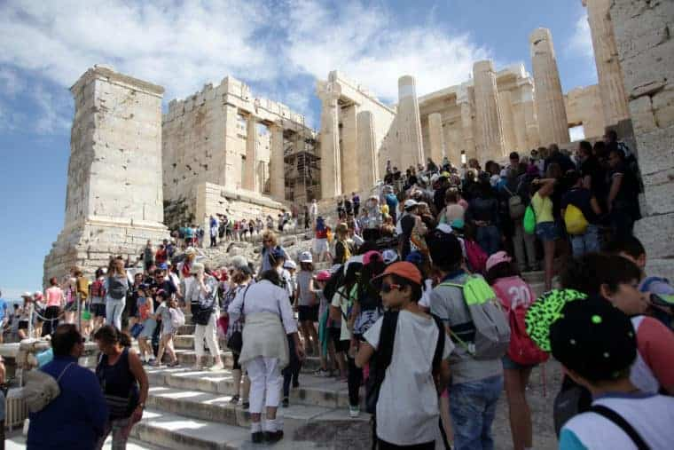 Greece set to break record with 32 million international visitors in 2018 3