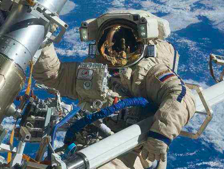 Greece is out of this world for Russian cosmonauts 2