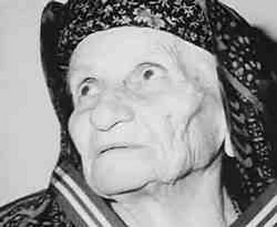 On this day in 1982, Kyra tis Ro, a Greek heroine passes away 5