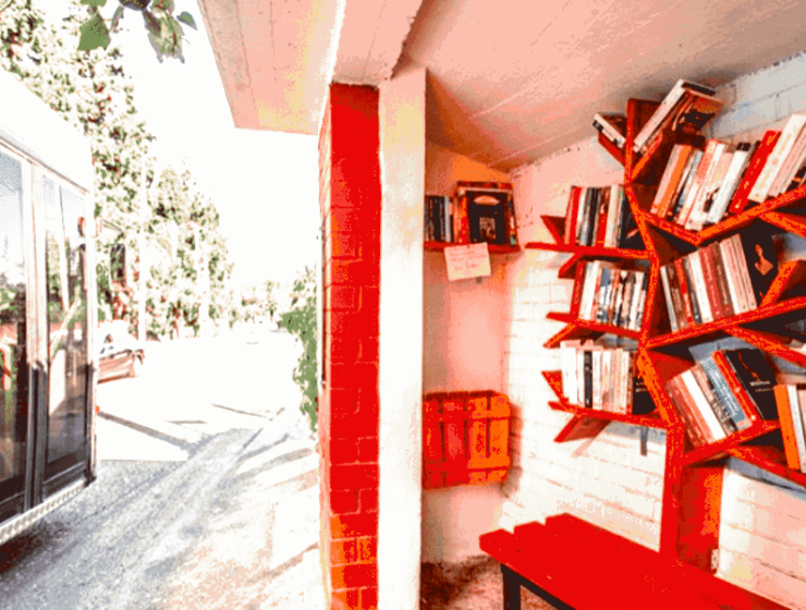 Thessaloniki offers cool new Library at the bus stop 5