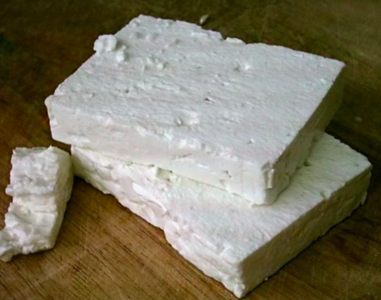 Ten healthy reasons to add Feta to your diet 21
