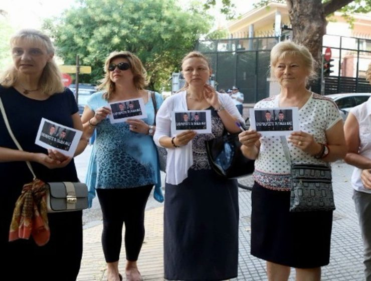 Greek Mothers protest captivity of Greek soldiers 9