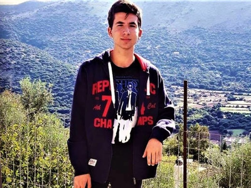 Evangelinos Michelis first to pass through to University of Athens Medical School for 2018 1