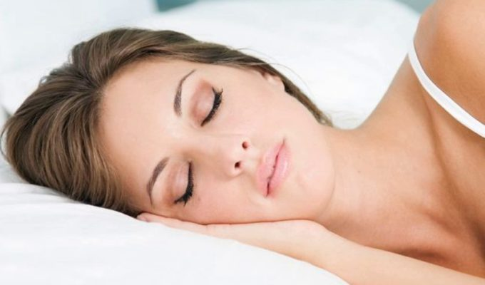 Greek doctor reveals how many hours sleep to get each night for a healthy heart 4
