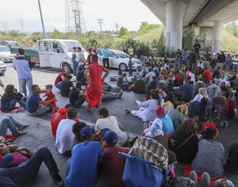 Refugees block national highway to protest poor living conditions 21