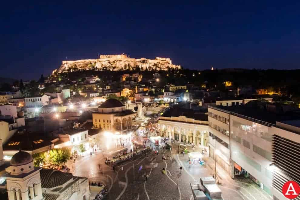 Top 8 Rooftop Bars and Restaurants in Athens 7
