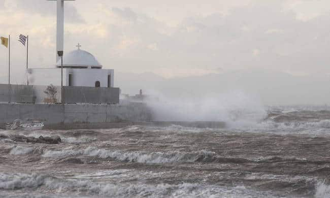 Cyclone Zorbas expected to hit Greece today 6