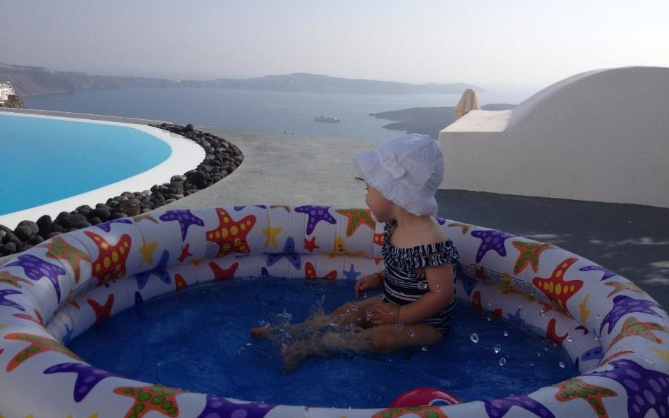 Why Greece is the best place in the world to travel with kids 1