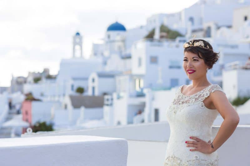 French woman marries herself in Santorini's first solo wedding 2