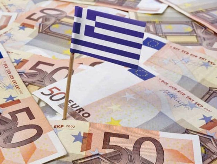 Greek economy sees more growth 24