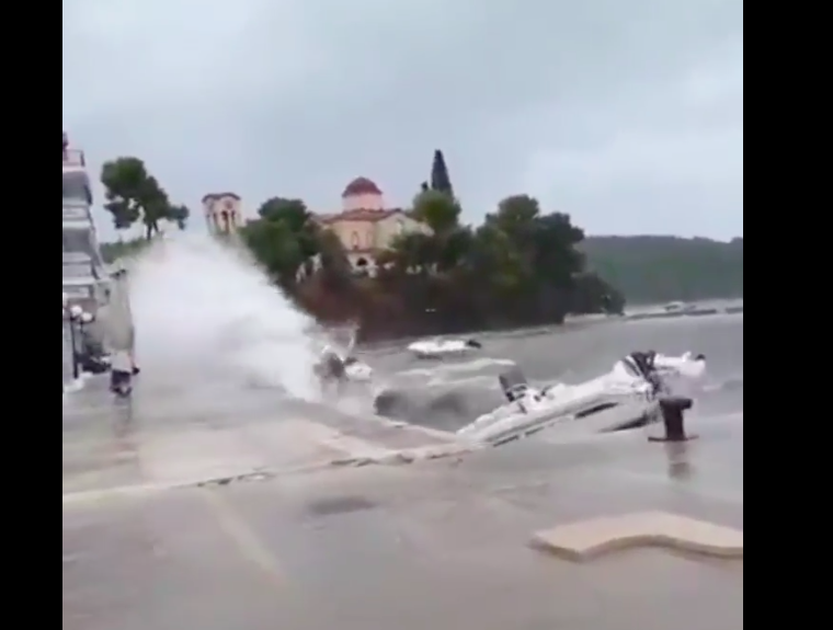 Cyclone Zorbas hits the Peloponnese causing flash flooding (VIDEOS) 3