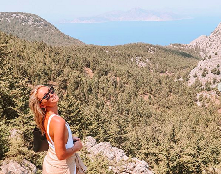 Investigation into Australian Instagram model's death continues in Kefalonia   1