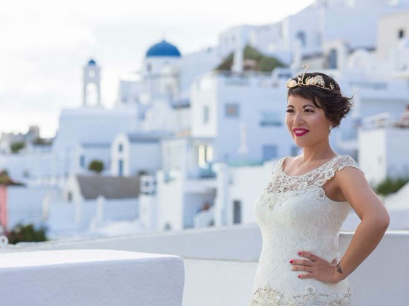 French woman marries herself in Santorini's first solo wedding 1