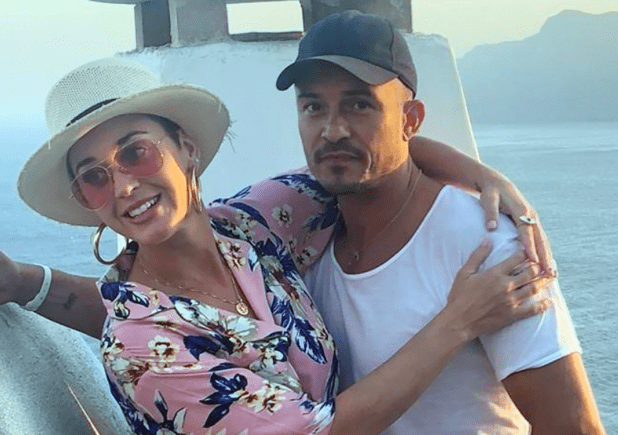 Katy Perry on a romantic getaway with Orlando Bloom in Corfu 4