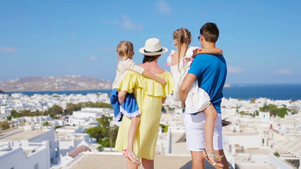 Why Greece is the best place in the world to travel with kids | Greek City Times | GREEK ISLAND YACHT HOLIDAY