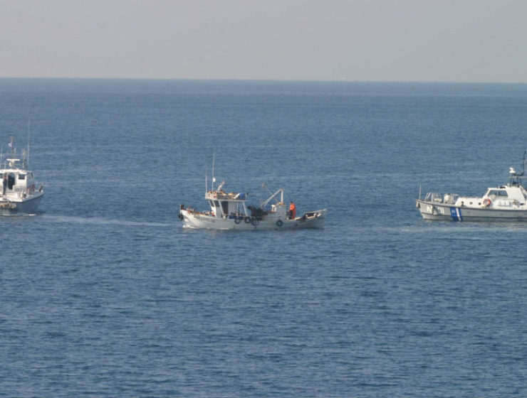 """Greek fishermen call on government to stop illegal Turkish fishing and """"undeclared war"""" 9"""