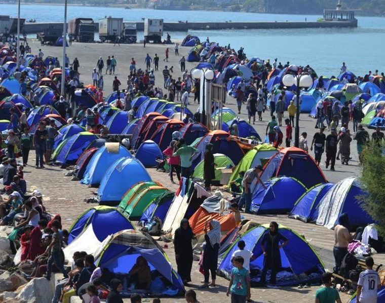 Overcrowded Lesvos migrant camp slowly releasing immigrants 24