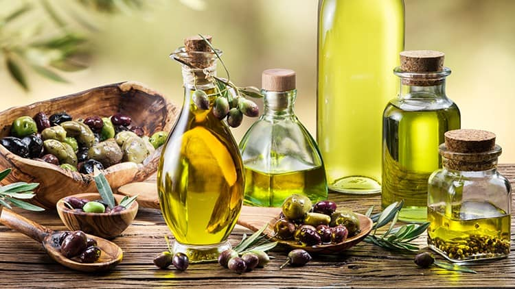 Greece losing place in olive oil exports to Canada 2