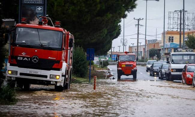 Three people missing after heavy storms in Evia 5