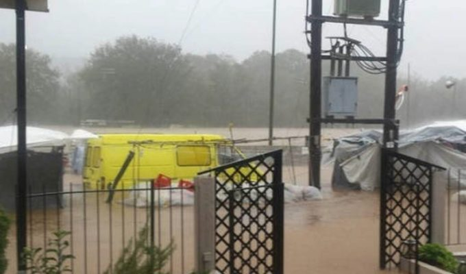 Three people missing after heavy storms in Evia 3