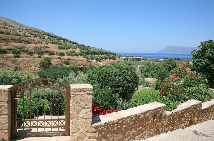 Staying at a stunning Cave House in Chania 13